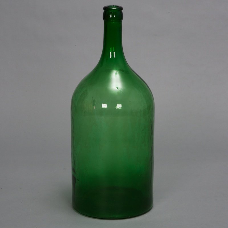 19th century large french green glass wine bottle item 1014 for Green glass wine bottles