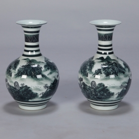 Photo of antique Pair Green and White Chinese Porcelain Vases