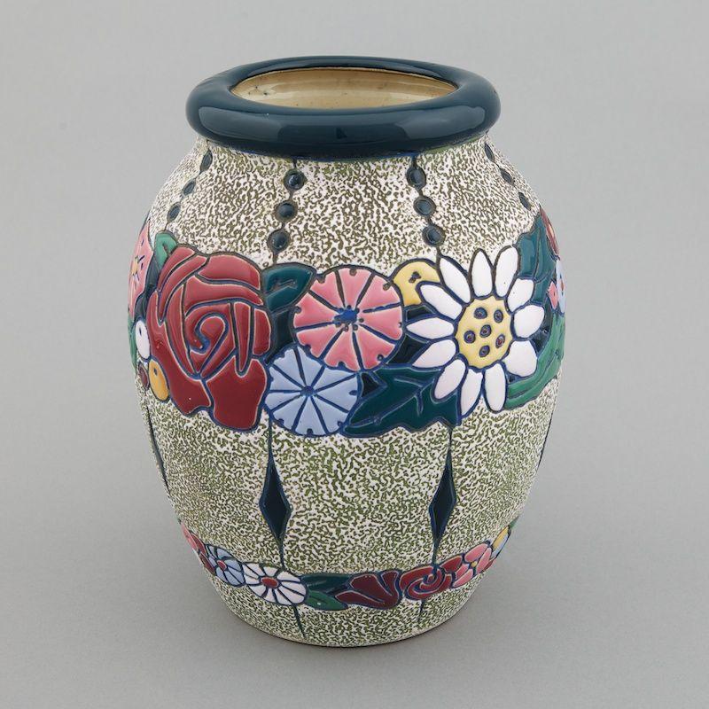 Signed Amphora Jugenstil Vase With Roses Item 3431