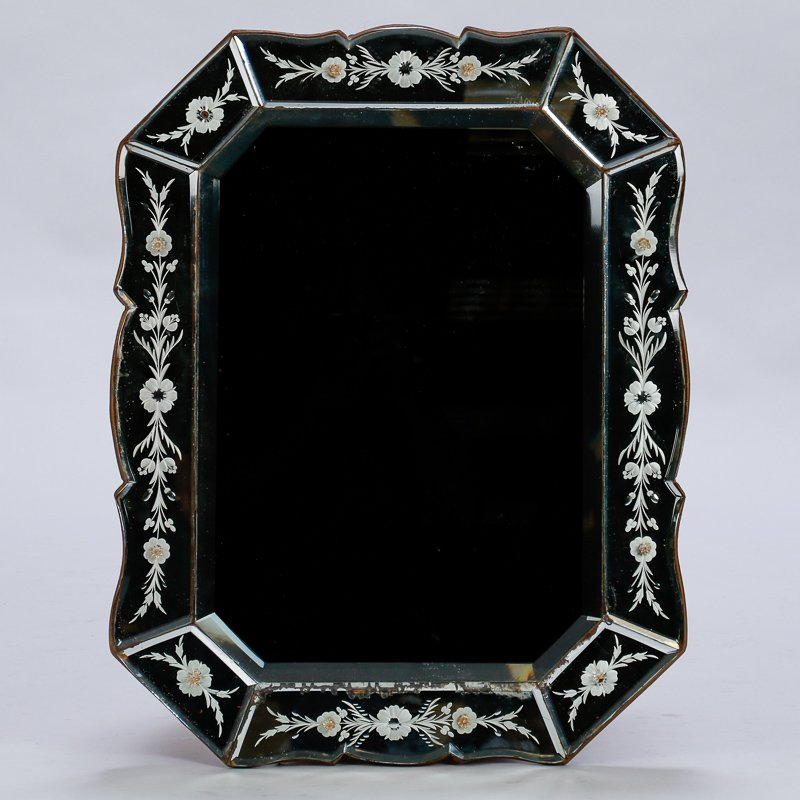Art Deco Venetian Mirror With Eight Sided Etched Frame