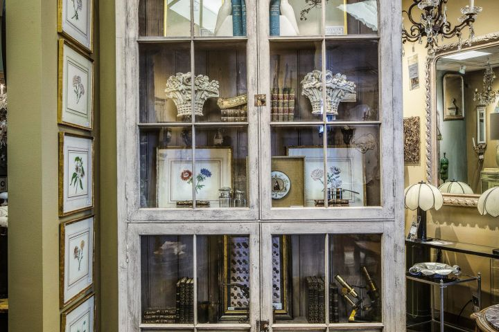 Photo of Marianne Jones Hauswirth designer vignette display at Judy Frankel Antiques